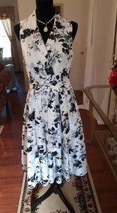 🌟Stunning Jessica Howard Dress